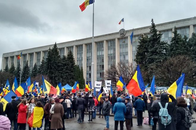 Moldavie : 5.000 manifestants réclament l'unification avec la Roumanie