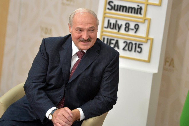 EU hails release of six Belorussian political prisoners