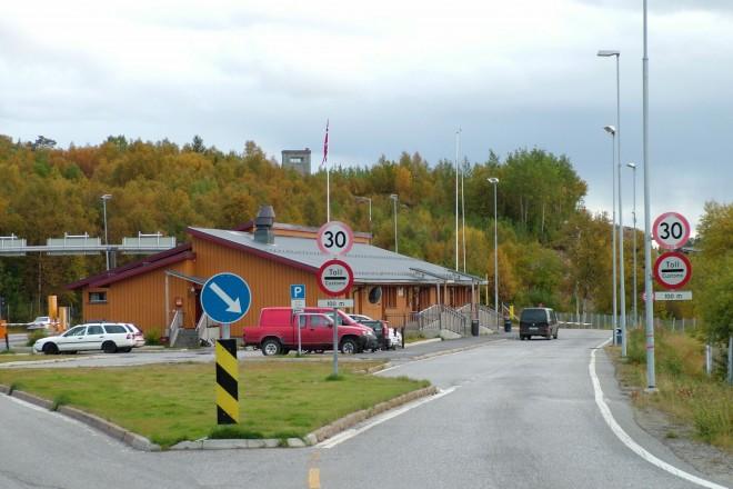 Ces Syriens qui décident de franchir la frontière norvégienne à vélo