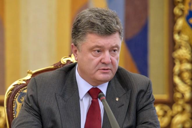 Crimée : Porochenko s'indigne des persécutions de Moscou à l'encontre de journalistes Tatars
