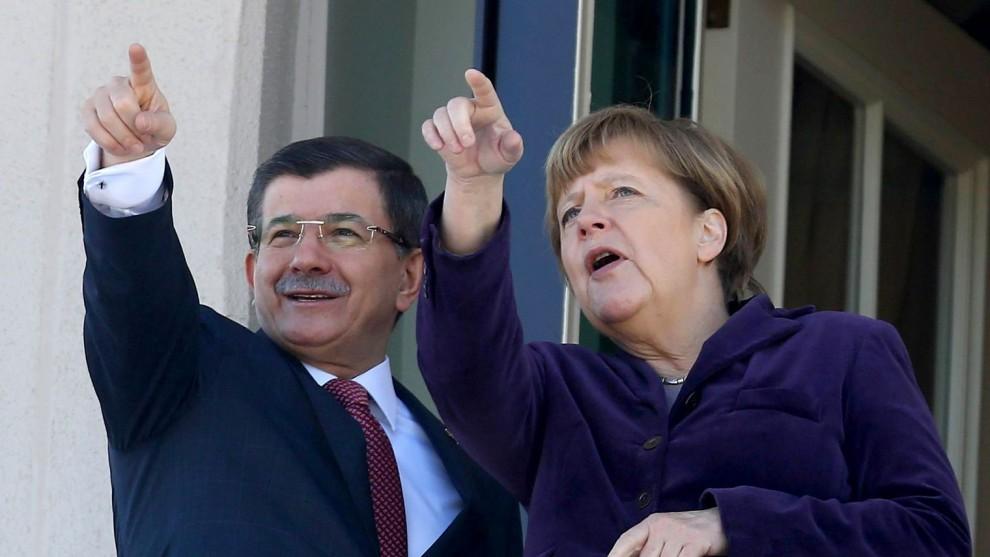 L'adhésion de la Turquie à l'UE n'est « pas à l'ordre du jour » annonce Angela Merkel