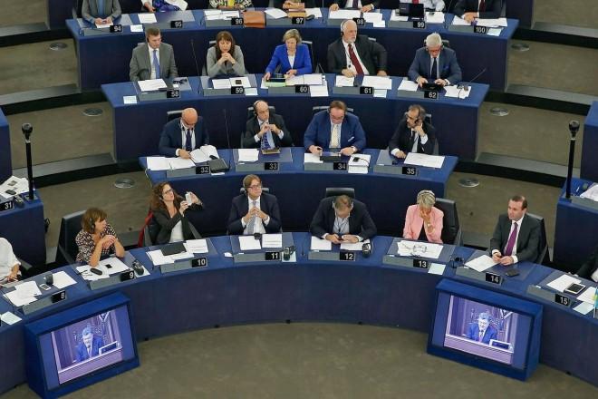 Migrants : les eurodéputés en colère après l'accord avec la Turquie