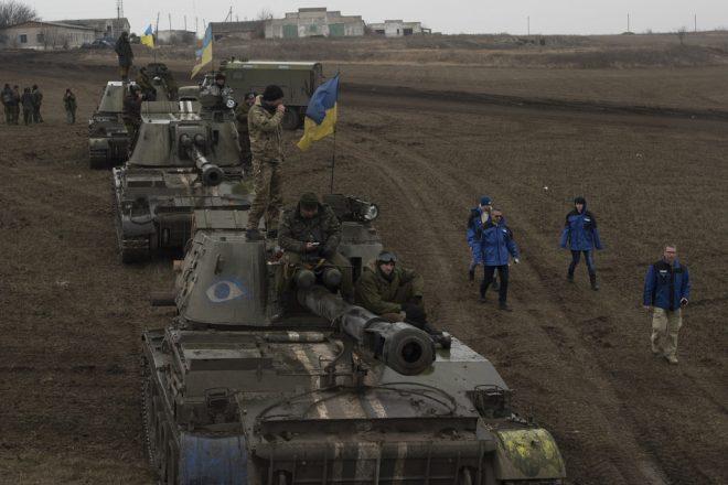 Ukraine separatist caught in bomb blast