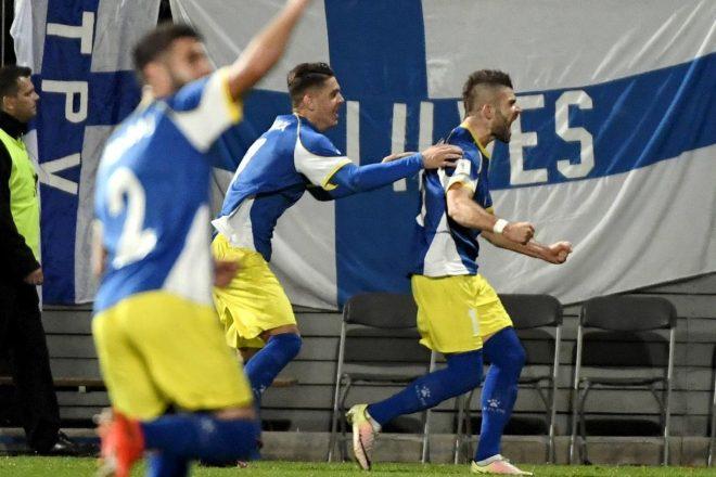 Football : les grands débuts du Kosovo