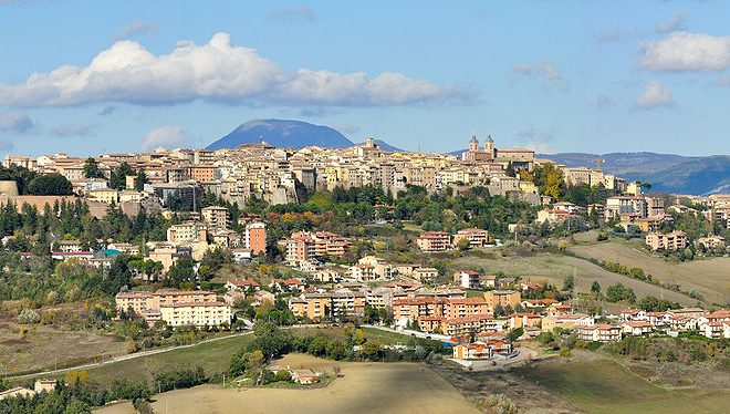 More quakes hit central Italy