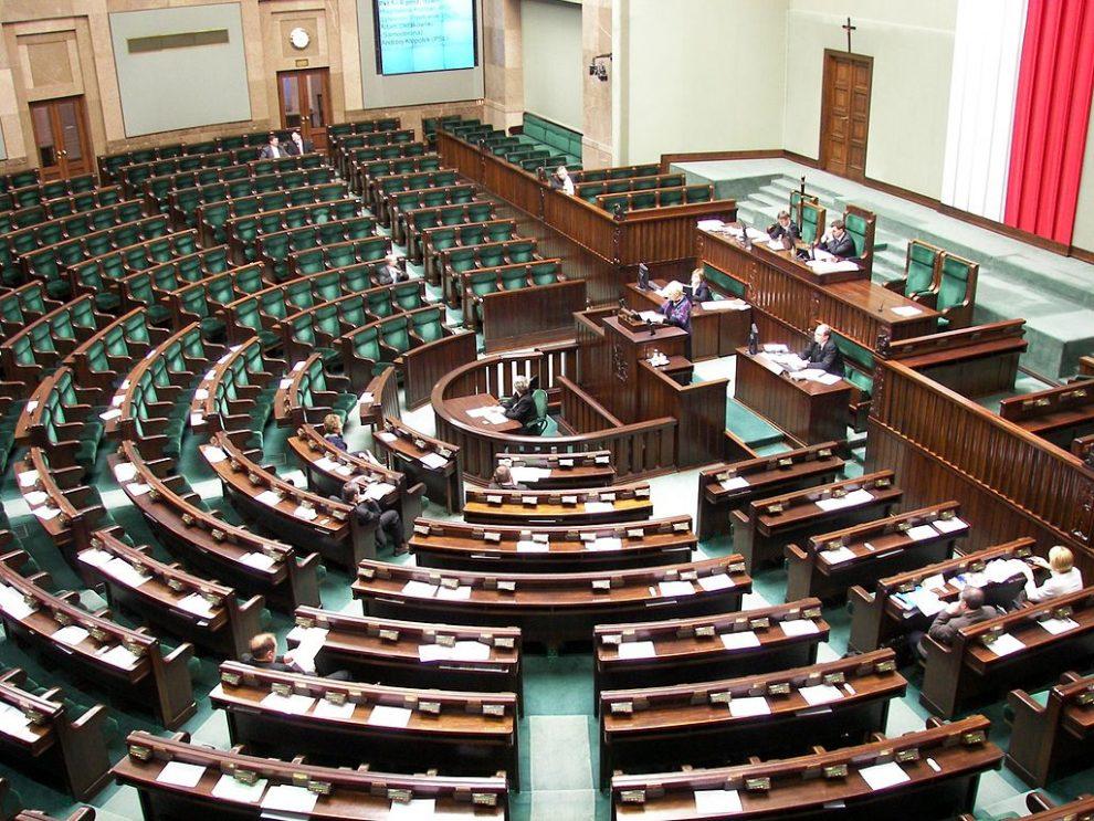 Polish leaders flee parliament siege