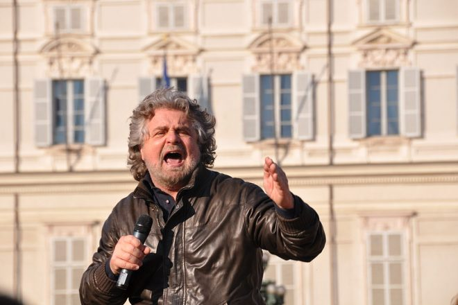Grillo moves to ditch Farage