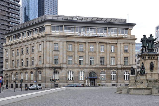 Deutsche faces $425m laundering bill