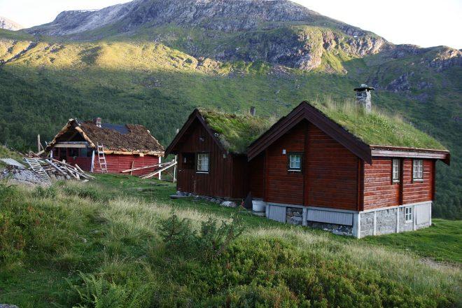 Norway begins FM radio axe