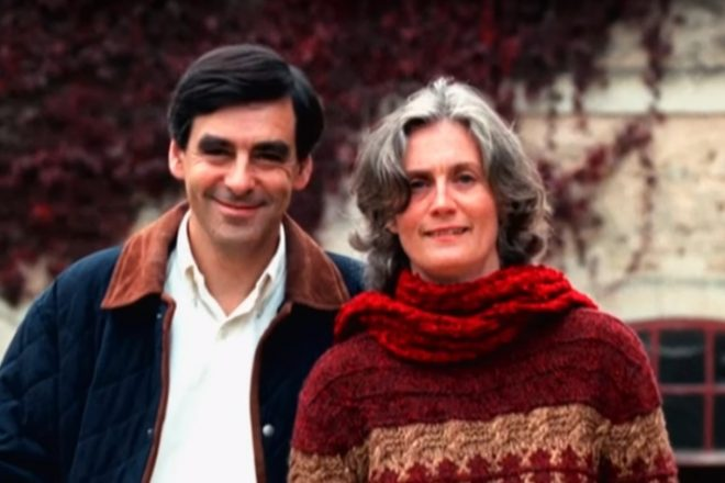 Fillon questioned over wife's salary