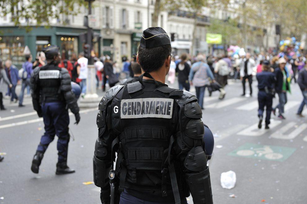 France nearing 'civil war': Fillon