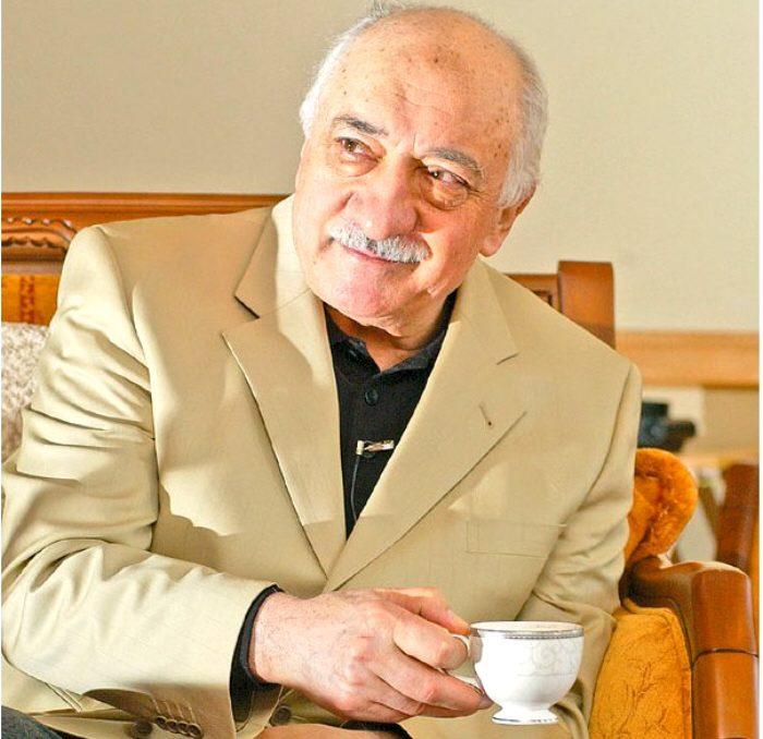 Turkish exiles face losing citizenship