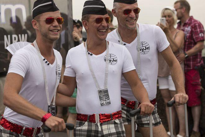 Merkel U-turns on gay marriage