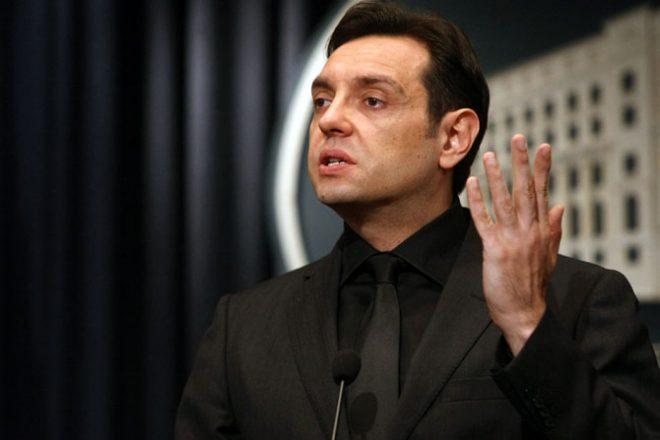 Serbie: un anti-OTAN et pro-russe arrive au ministère de la Défense