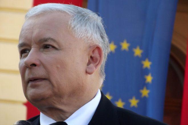 EU tells Poland to rethink judicial changes
