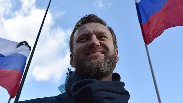 À peine remis en liberté, Alexeï Navalny appelle à lutter contre la corruption en Russie