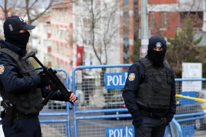 La police turque interpelle 42 personnes ayant des liens présumées avec l'EI ou le PKK