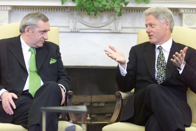 Clinton hopes to ease NI deadlock