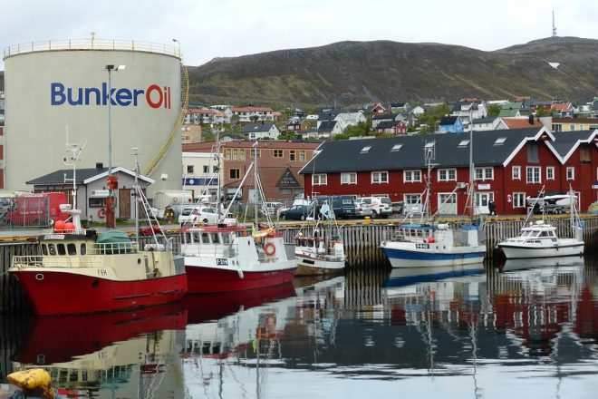 Norway in court for oil licences