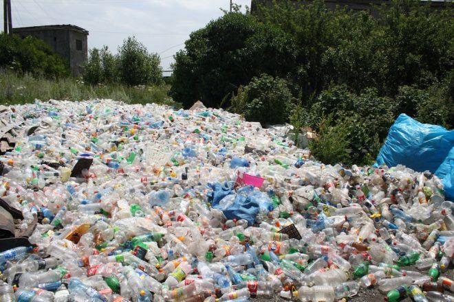 China plastic ban sparks UK alarm