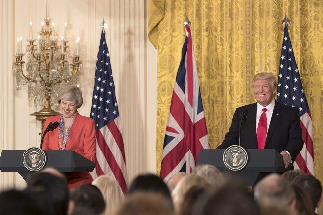 Trump-May : les (re)tweets de la discorde