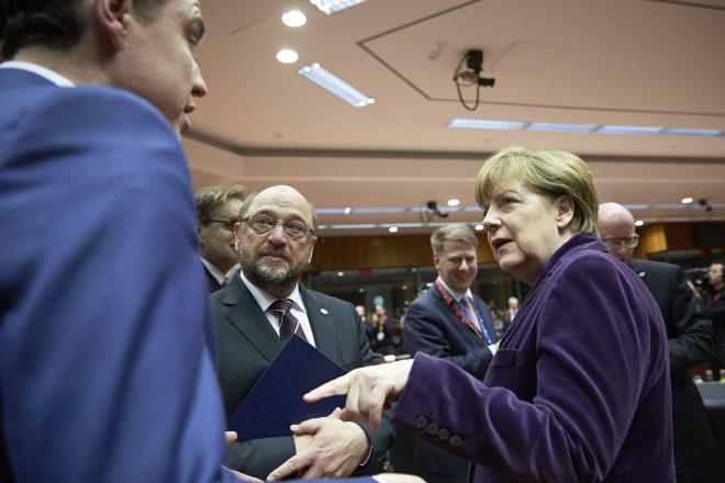 Schultz and Merkel hail breakthrough