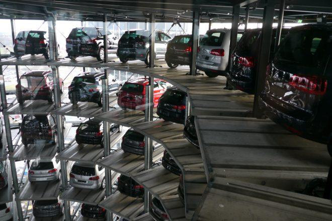 VW PR boss quits over monkey testing