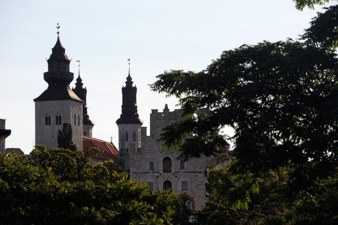Kremlin shrugs off Kaliningrad missile fears