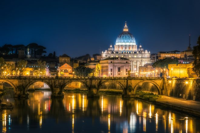 Chinese Catholics oppose Vatican deal