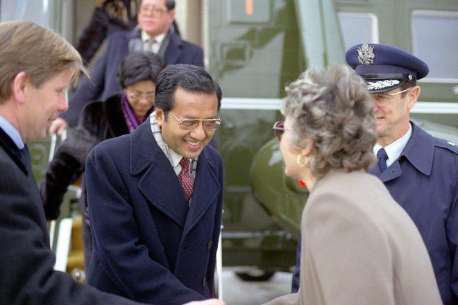Législatives : Mahathir Mohamad crée la surprise