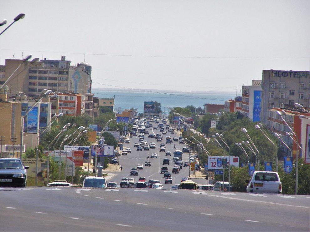 Caspian leaders fudge legal status