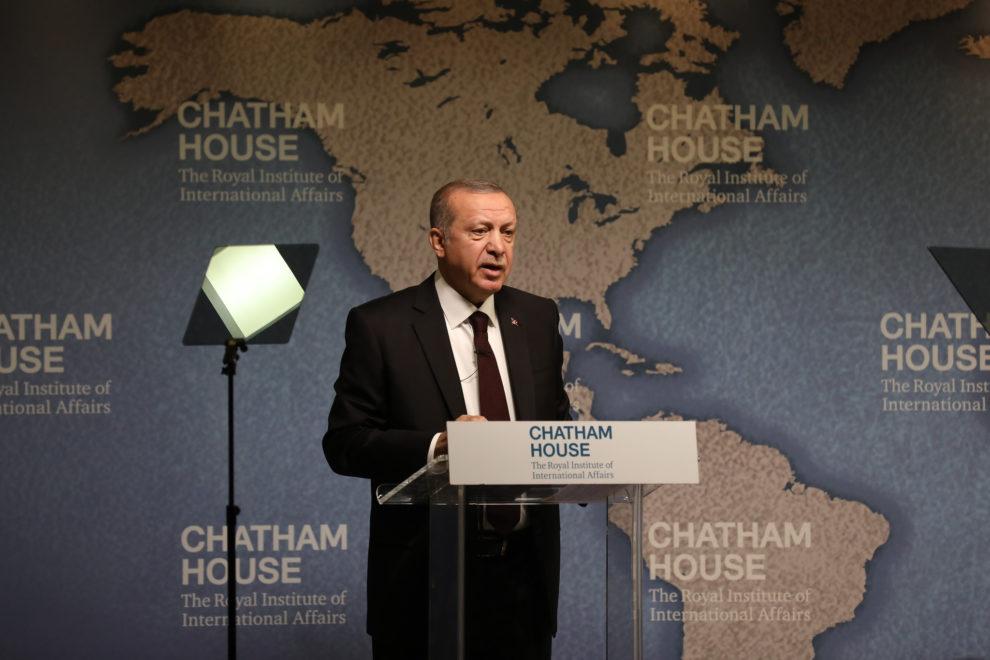 La livre turque sous pression américaine