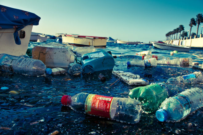 MEPs vote to ban single-use plastic