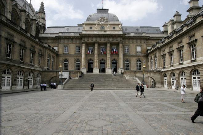 La France et ses drôles de fréquentations