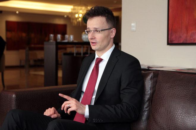 La Hongrie ferme à « jamais » les portes de l'immigration