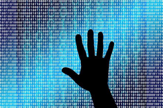 Les Occidentaux accusent la Russie de cyberattaques