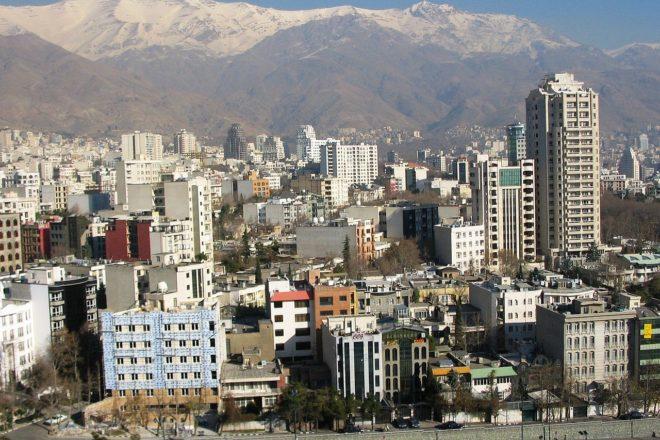 L'Iran sous sanctions, l'Est fait de la résistance