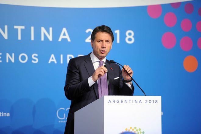 L'Italie veut surfer sur le dérapage budgétaire français