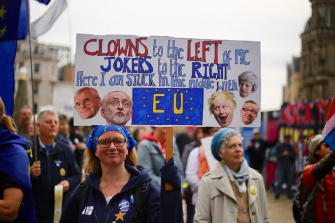 Pressure mounts on May's Brexit deal