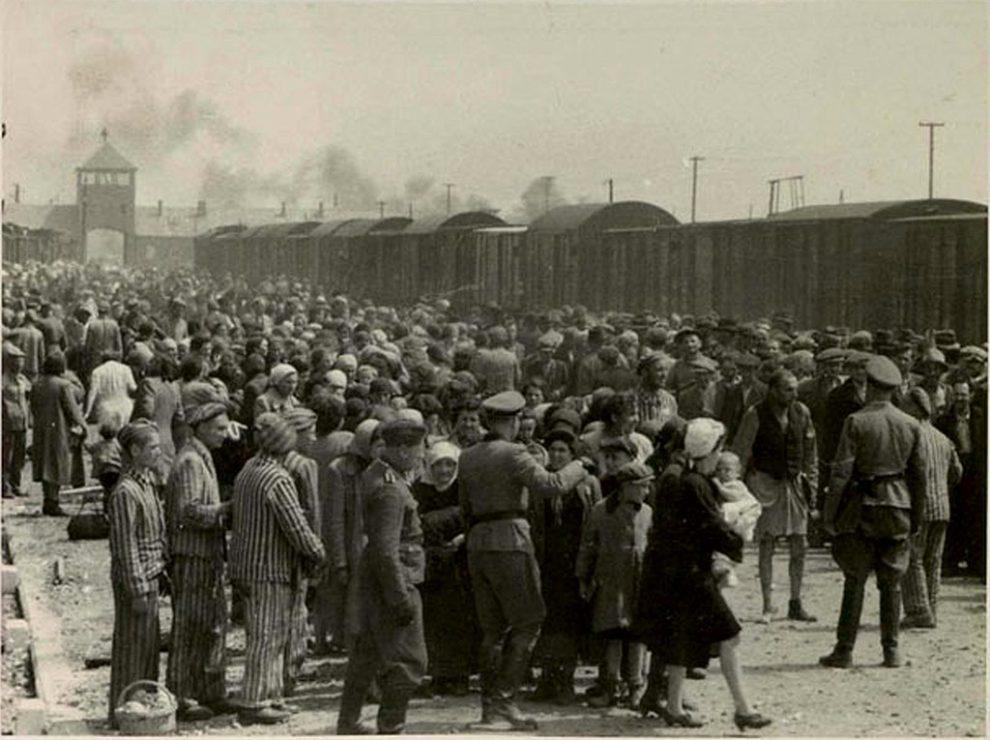 Poland bristles at Netanyahu Holocaust blame