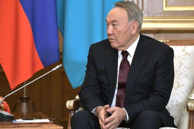 Nazarbaïev quitte la présidence du Kazakhstan