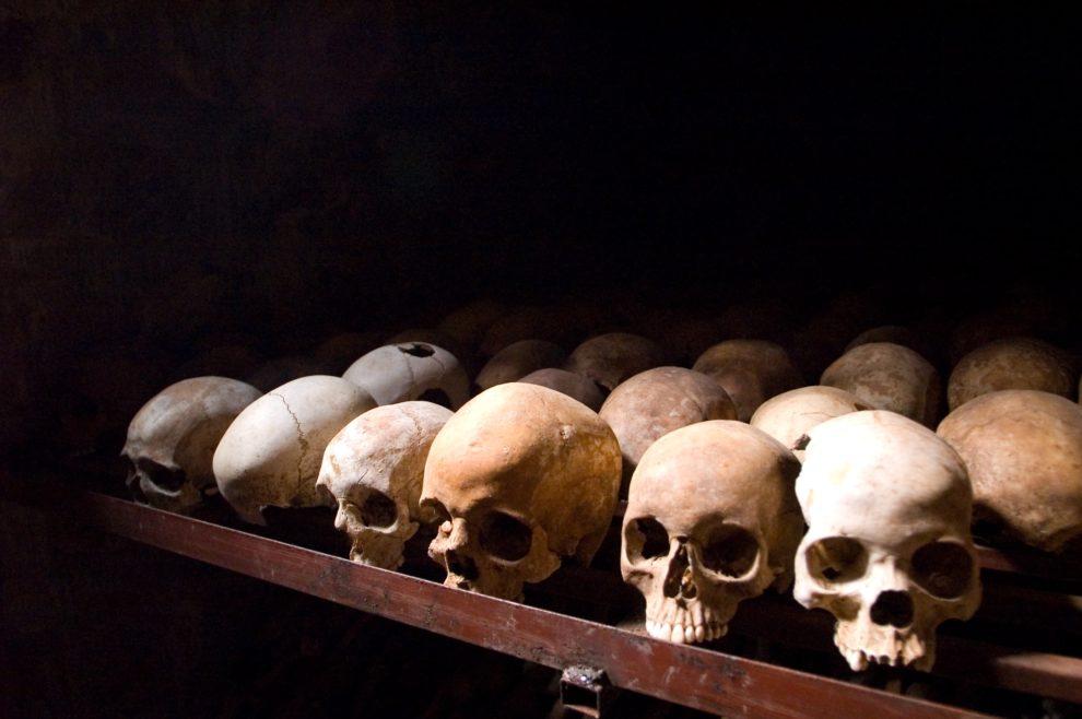 Macron opens Rwanda genocide commission