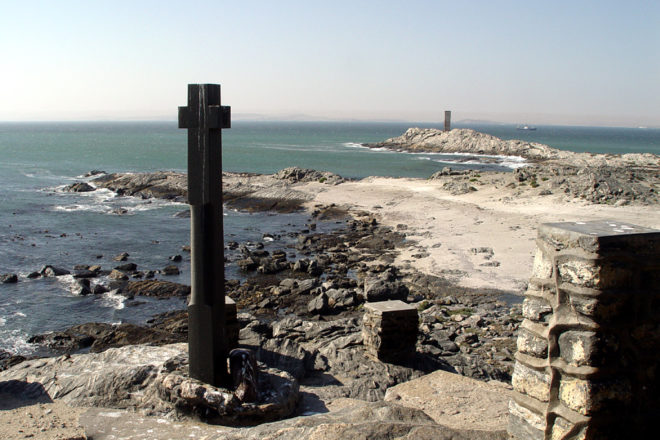 Germany to return Portuguese cross to Namibia