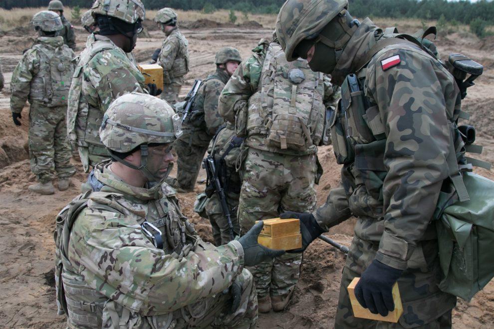 US defends Polish reinforcements