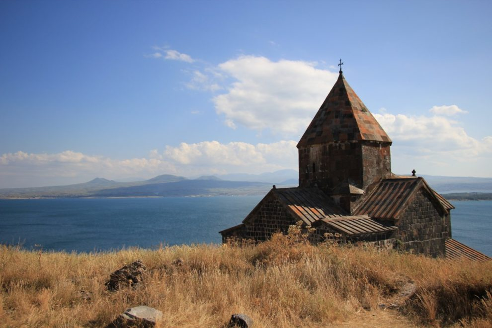Armenian lake faces destruction: ecologists