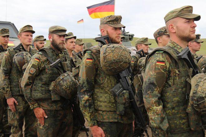 Neo-Nazi marksmen train for doomsday: German spy agency