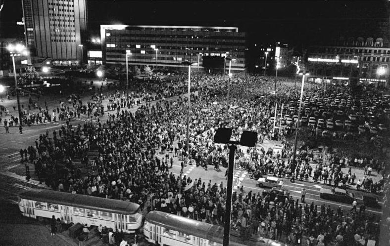 Leipzig marks 30 years since Cold War uprising