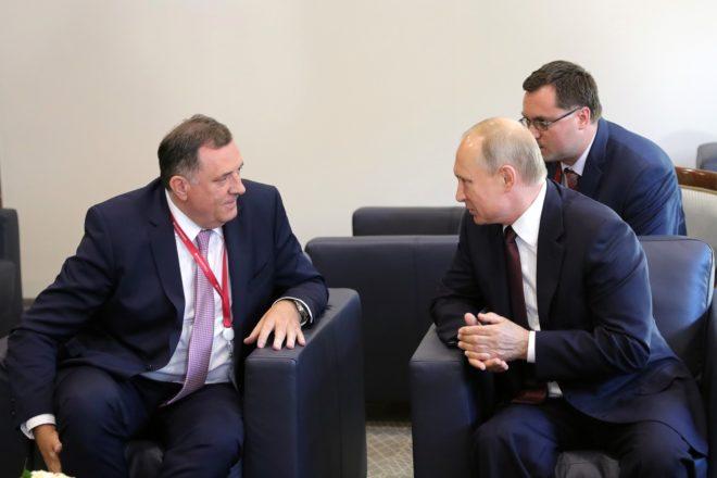 Bosnian-Serb wins PM nod in Sarajevo