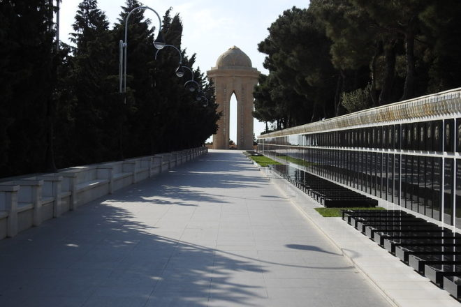 Azerbaijan remembers 1990 Soviet massacre