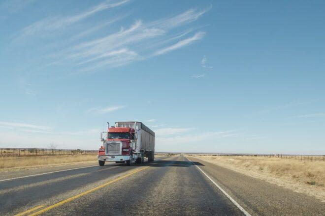 Turkménistan : l'IRU s'implique dans le développement du transport routier